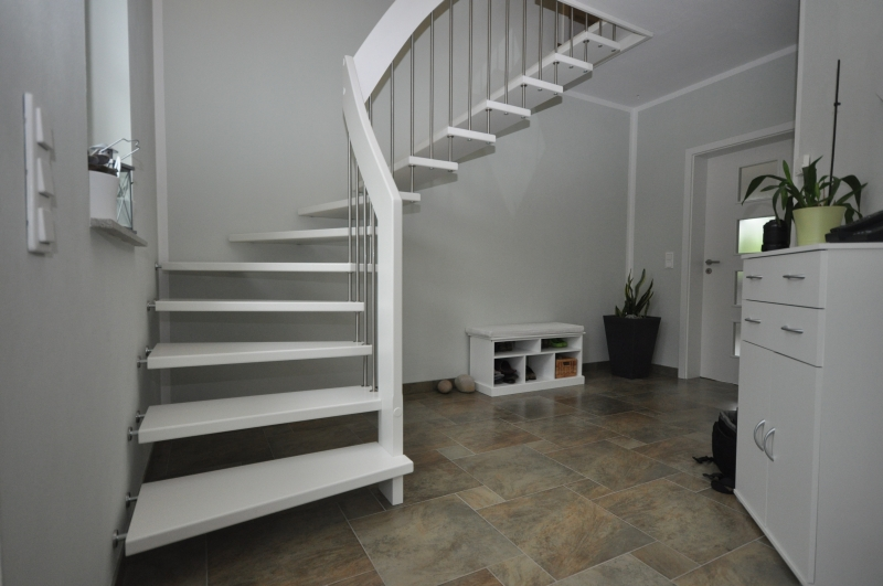 treppen abc trend treppen mit uns geht es richtig hoch und runter. Black Bedroom Furniture Sets. Home Design Ideas