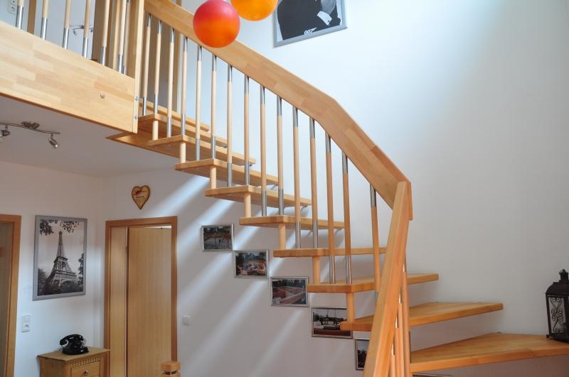 faltwerktreppe trend treppen mit uns geht es richtig. Black Bedroom Furniture Sets. Home Design Ideas